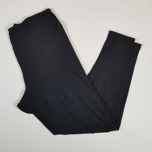 Lularoe solid black TC leggings  (LLR6)